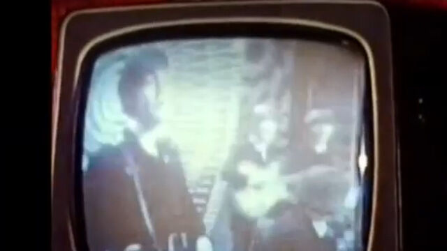 Captura del clip encontrado de la actuación de The Beatles.